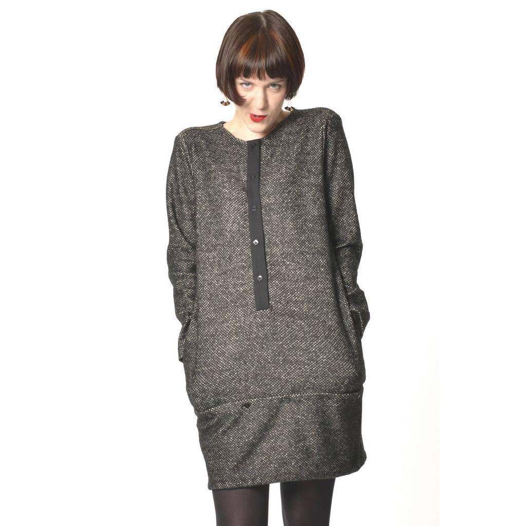 madeva paris robe peppi chin gris cr ateur de mode s rie tr s limit e fabriqu. Black Bedroom Furniture Sets. Home Design Ideas